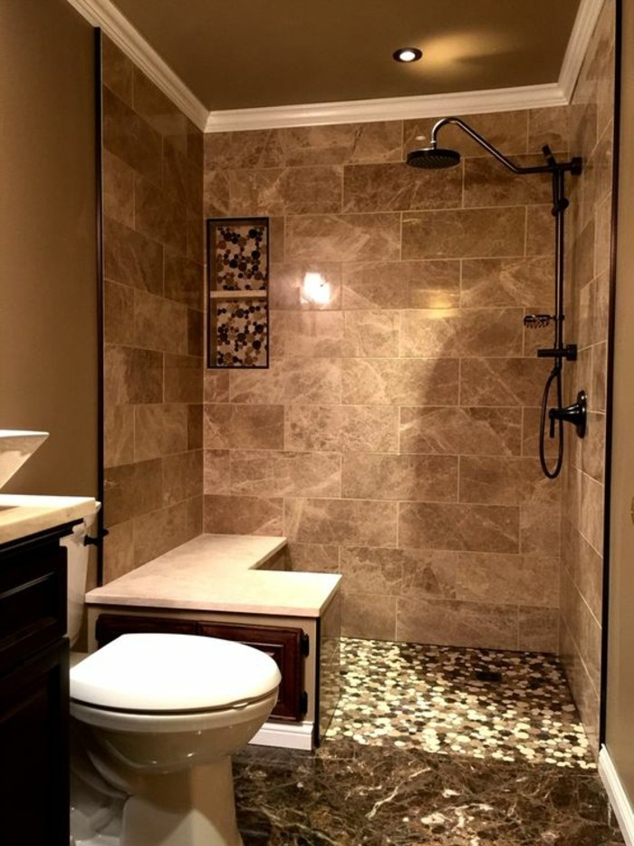 Le carrelage beige pour salle de bain 54 photos de for Carreaux pour salle de bain