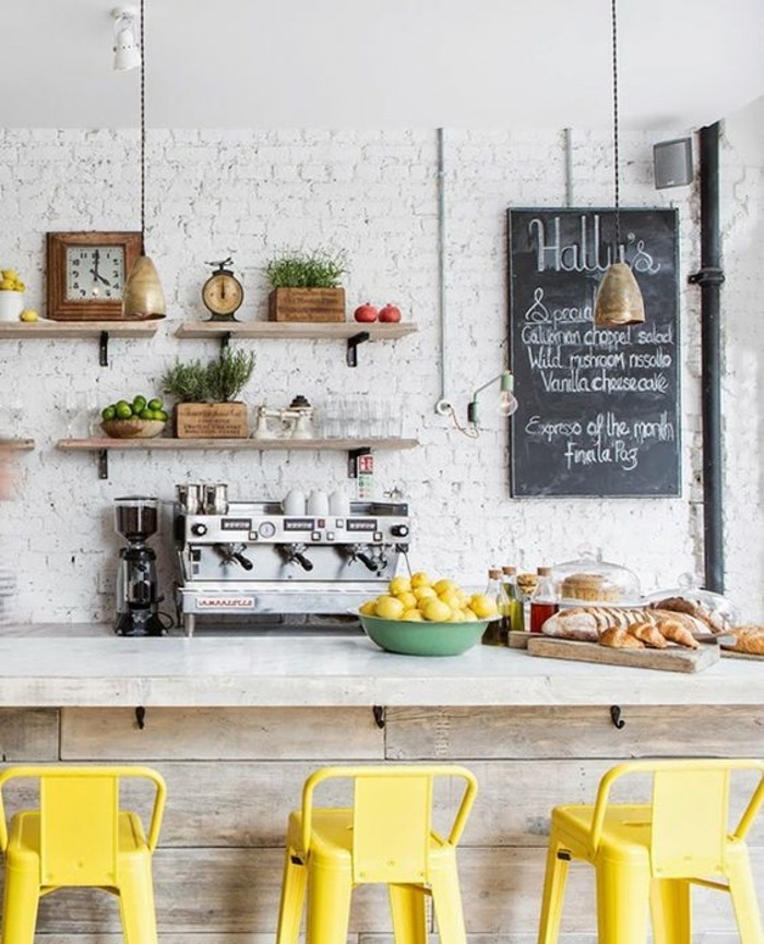 chaise-de-cuisine-moderne-chaises-de-bar-jaunes