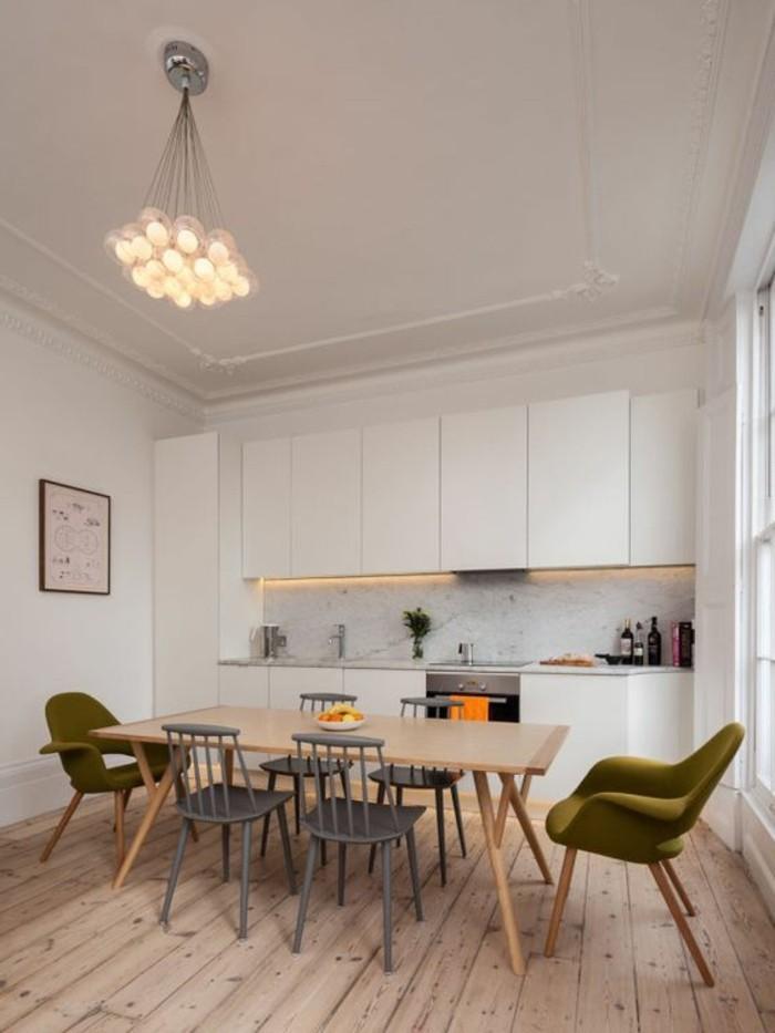 chaise-de-cuisine-moderne-table-a-manger-en-bois