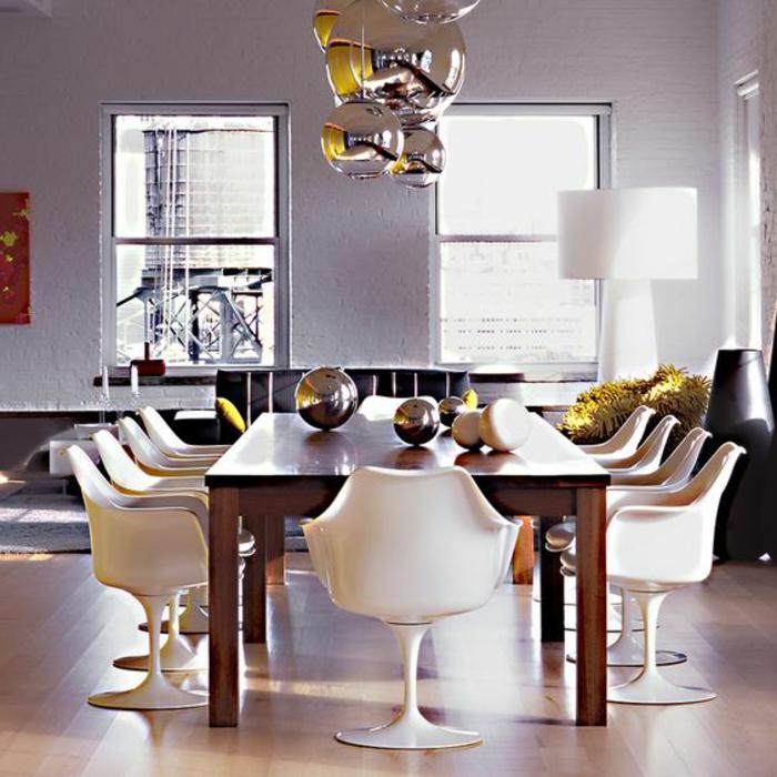La chaise tulipe embl me du design des ann es cinquante for Chaise salle a manger knoll
