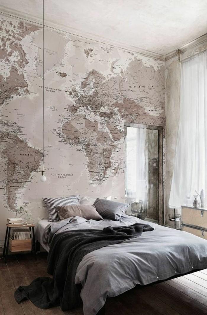 chambre-a-coucher-papier-peint-mappemonde-plancher-rustique