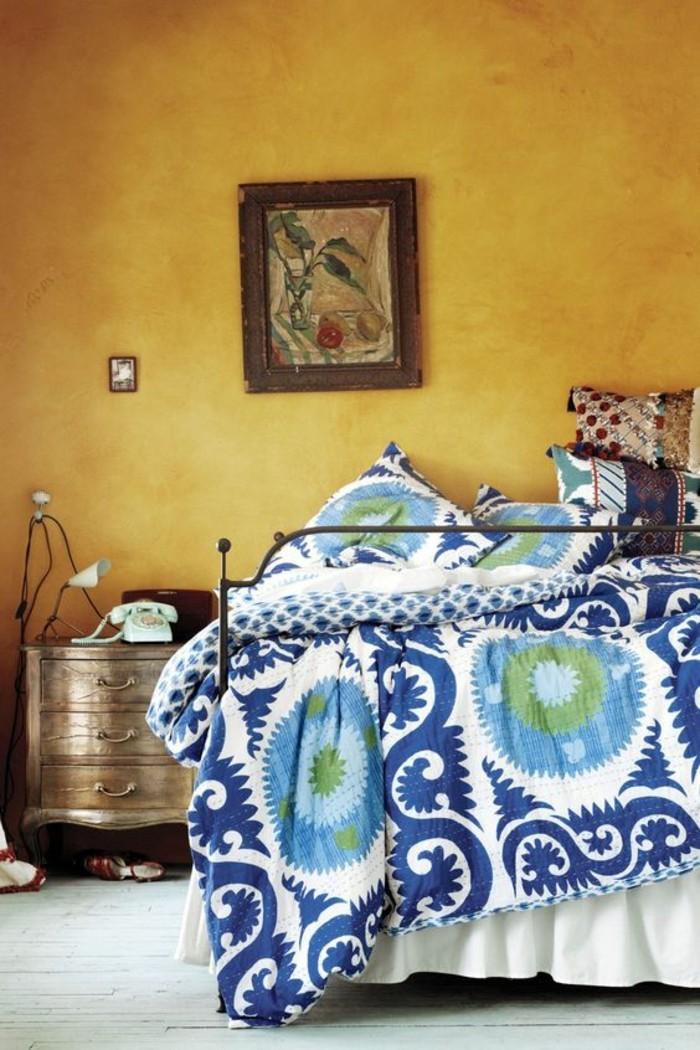 Peinture chambre jaune moutarde for Tendance chambre a coucher