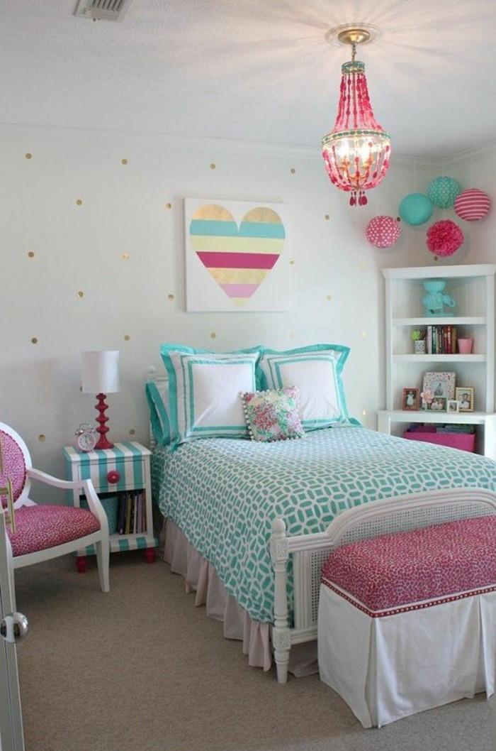 chambre-moderne-ado-lit-dado-bleu-idee-deco-chambre