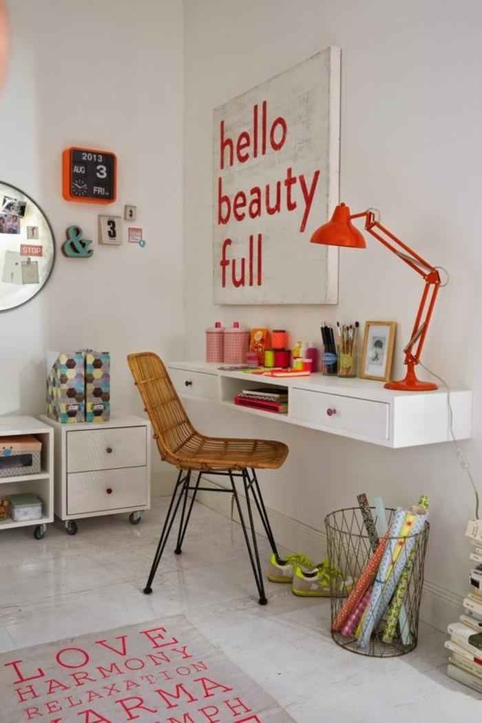 chambre-moderne-ado-coin-de-travail-fille-tapis-rose