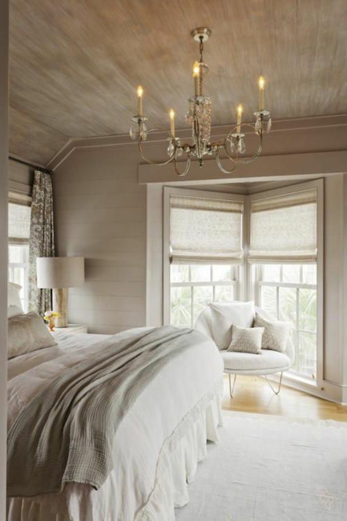 deco chambre blanc et taupe elegant chambre bleu blanc