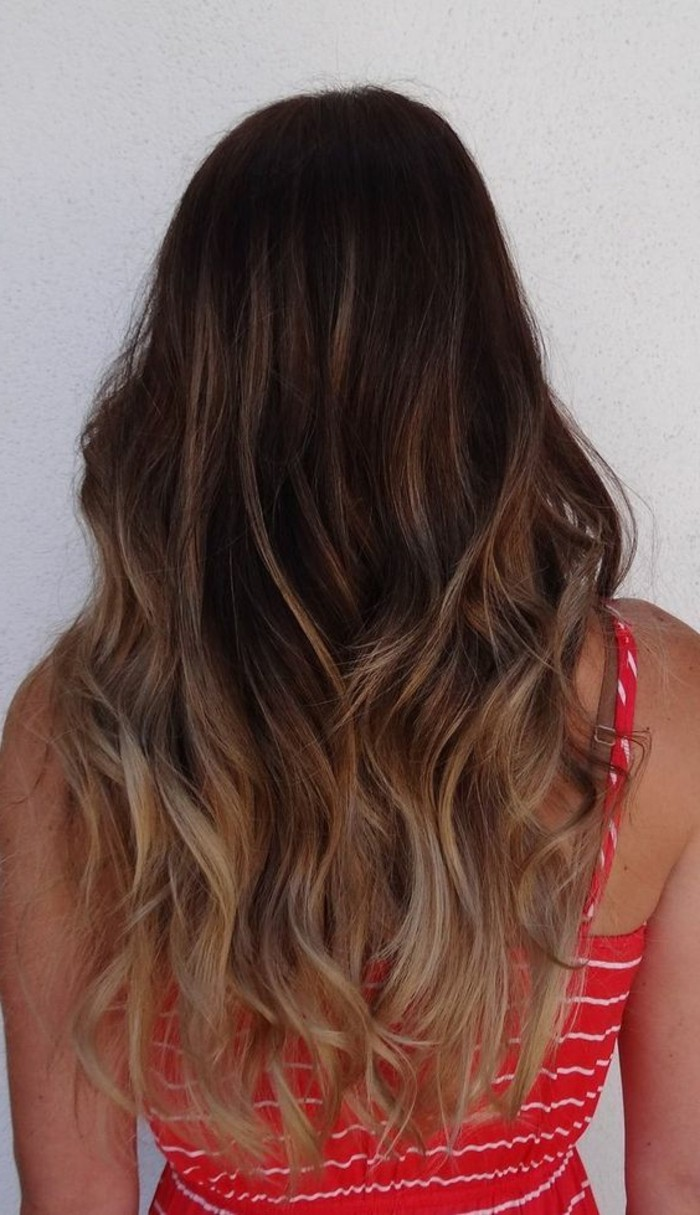 cheveux-chatain-balayage-sur-cheveux-chatain-cheveux-chatain-dore