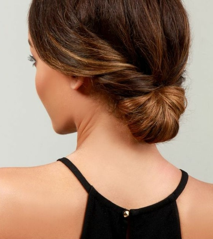 chignon-simple-chignon-enroule-cheveux-longs-tuto-coiffure-originale
