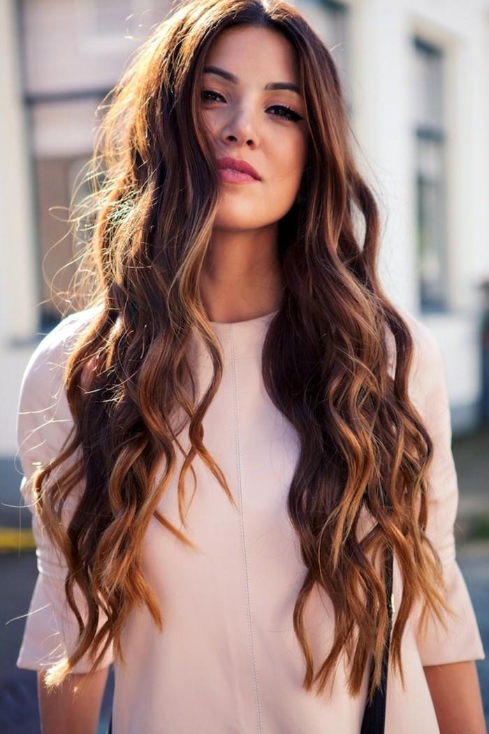 chouette-coupe-cheveux-tres-long-cheveux-long-coupe