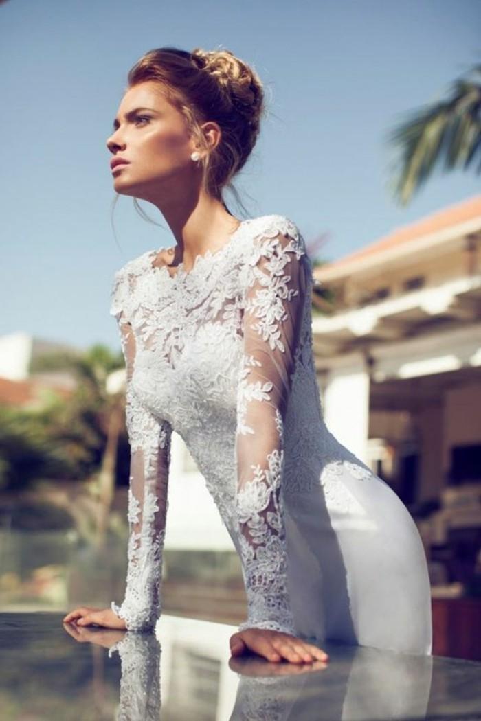 chouette-robe-de-mariee-avec-manche-mariage-dentelle-jolie