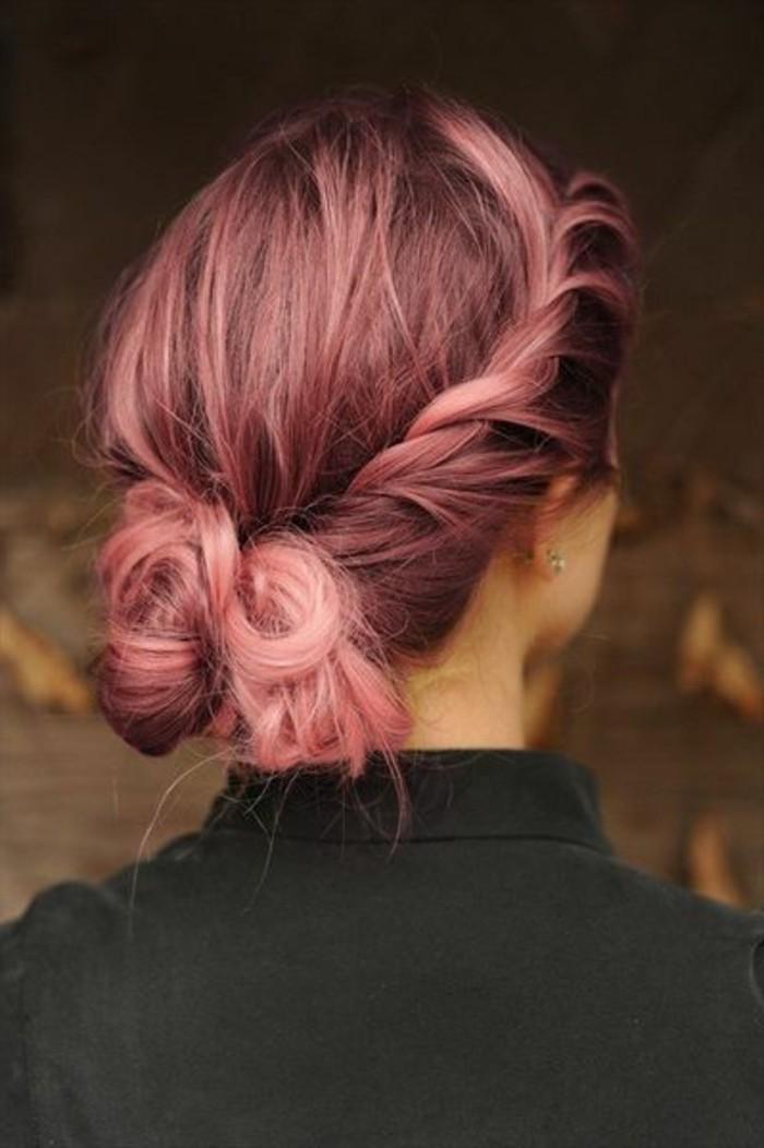 coiffure-chignon-bas-avec-une-couronne-tresse