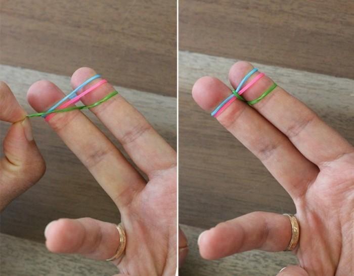 comment-faire-des-bracelets-en-elastique-passer-l-elastique-le-plus-bas-au-dessus-des-autres