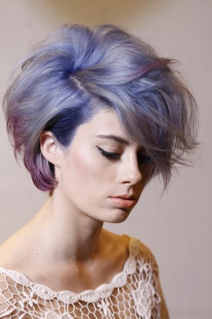 coupe-asymetrique-courte-coiffure-femme-originale-carre-court