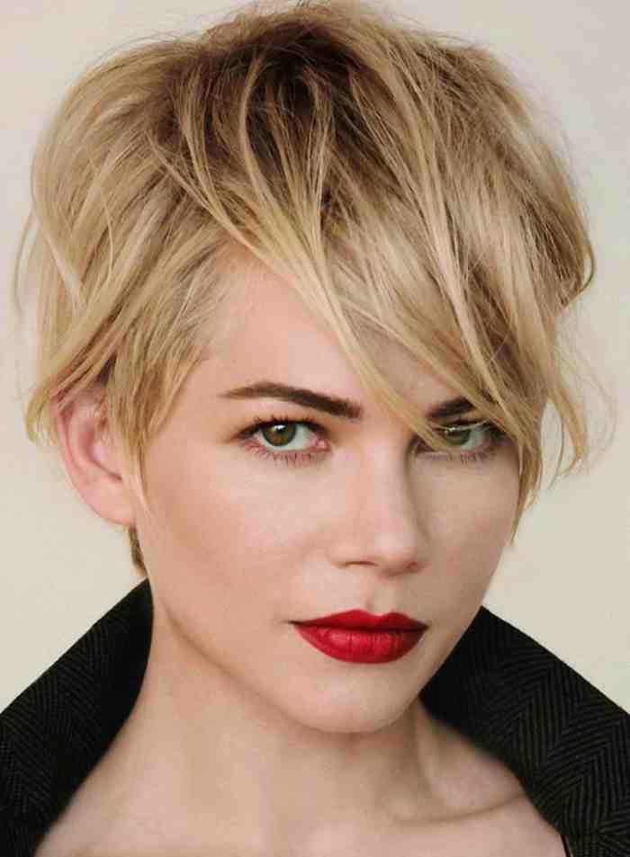 coupe-au-carre-court-coiffure-courte-originale-les-coiffures-des-stars