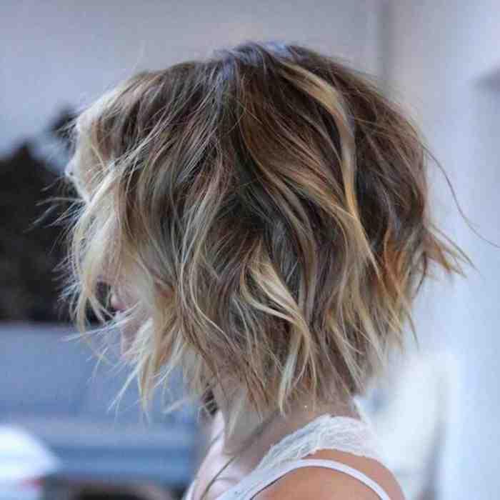 coupe-au-carre-court-degrade-decoiffe-coiffures-coupes-plongeantes