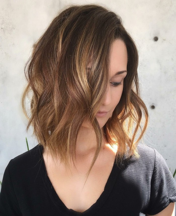 coupe-au-carre-degradee-beaute-feminine-magnifique-coiffure