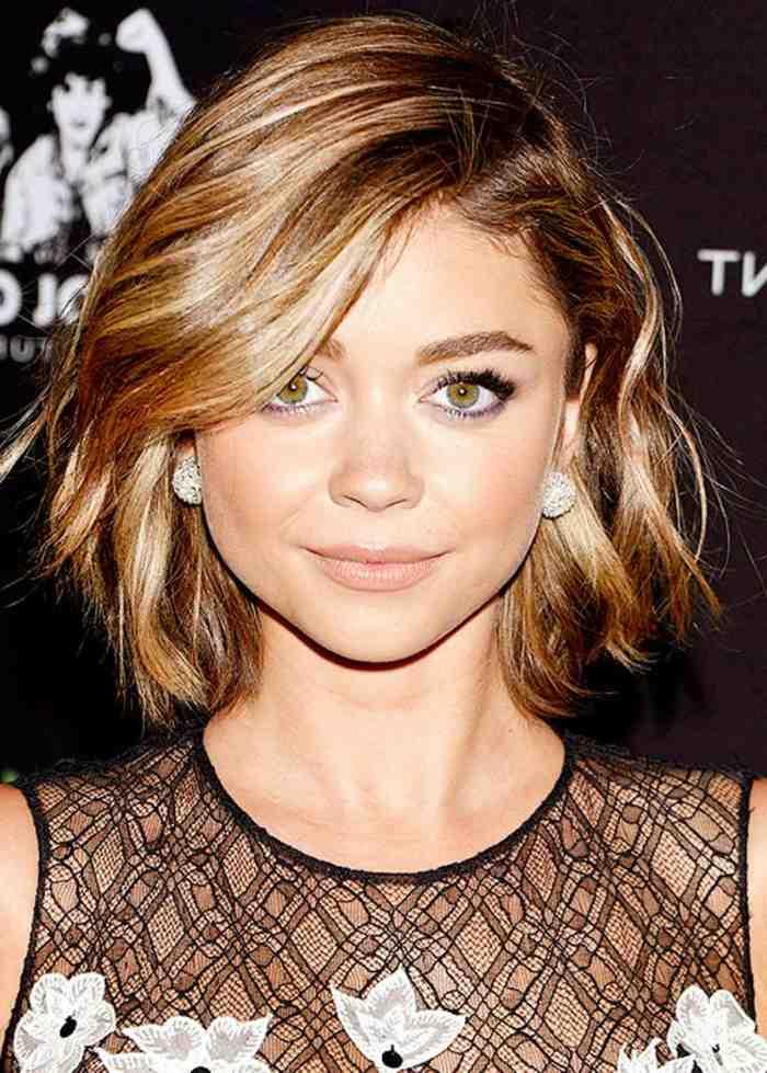 coupe-carre-court-avec-frange-coiffure-belle-tendance