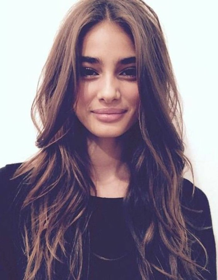coupe-cheveux-tres-long-cheveux-long-coupe-adriana-modele