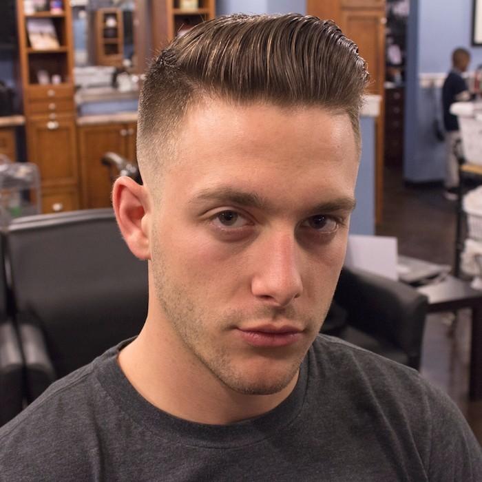 coupe look hipster homme dégradé undercut long dessus pompadour retro