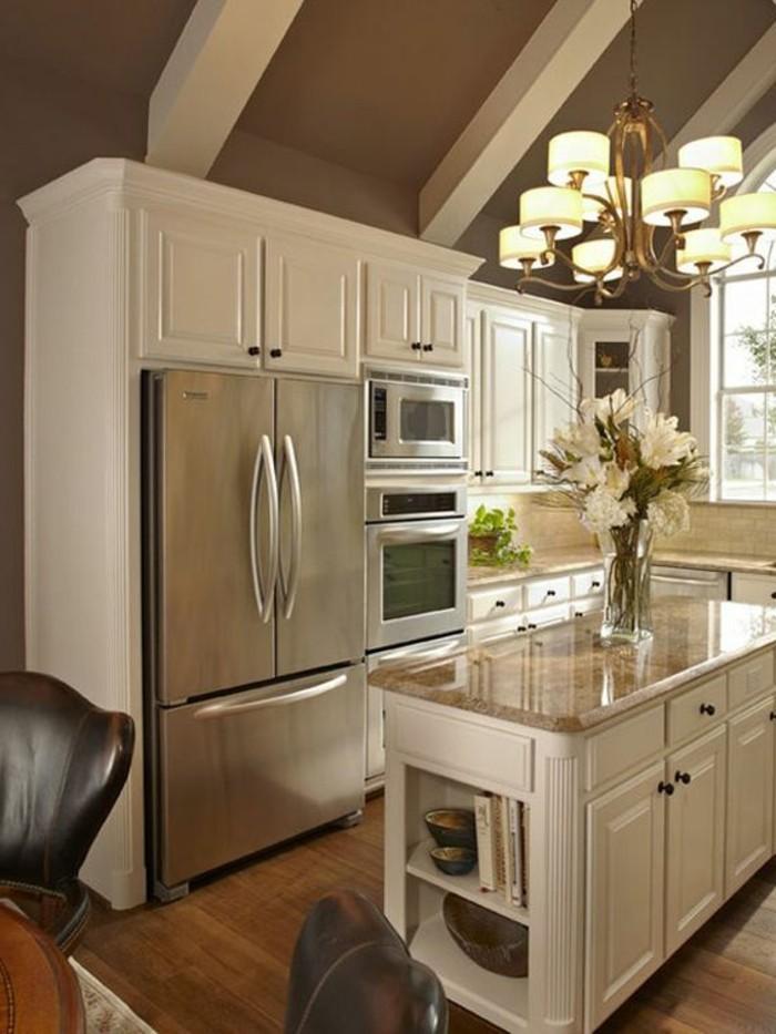 cuisine-equipee-avec-ilot-central-ilot-blanc-de-cuisine-moderne