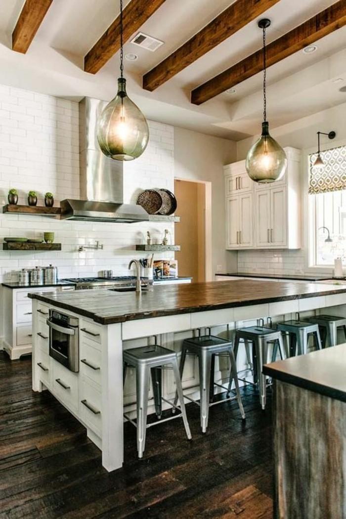La cuisine quip e avec lot central 66 id es en photos - Grande cuisine avec ilot central ...