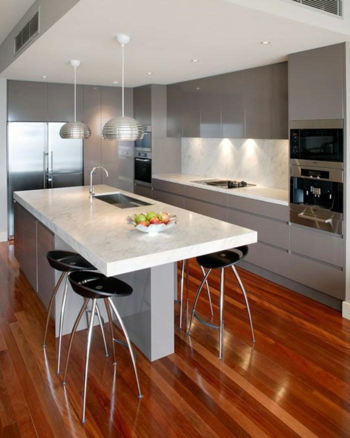 La cuisine quip e avec ilot central 66 id es en photos for Amenager cuisine non equipee