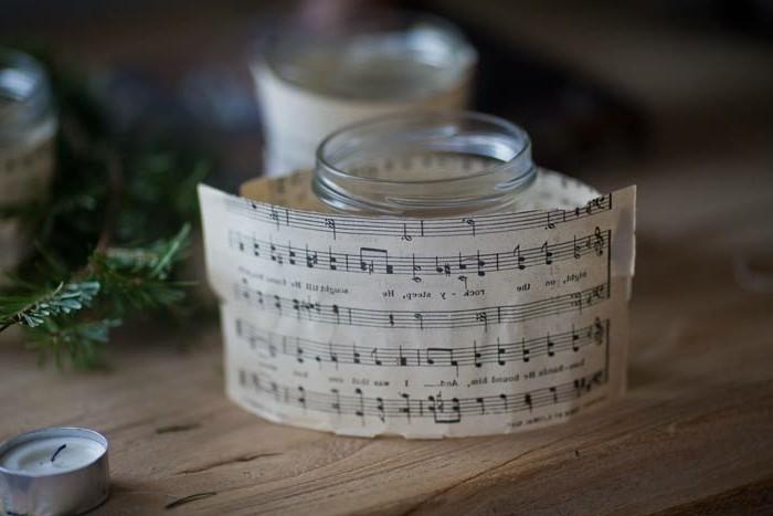 decoration-de-noel-a-fabriquer-soi-meme-partition-de-musique-enroulee-autour-d-un-pot