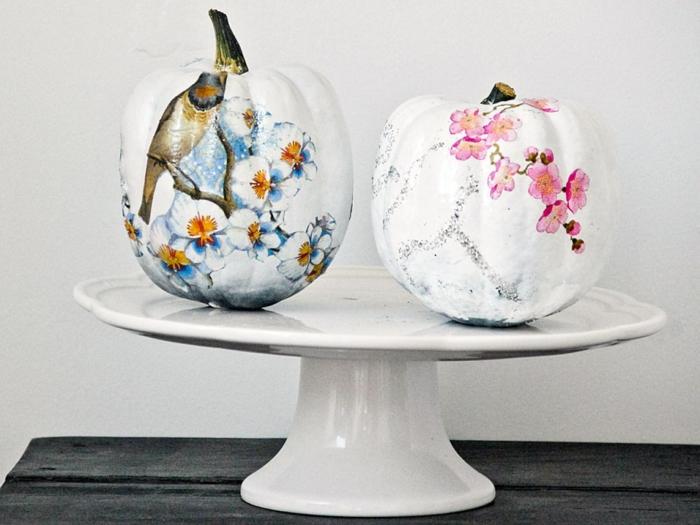 deco-patch-realise-sur-des-citrouilles-une-tres-jolie-exemple-de-decoration-decopatch