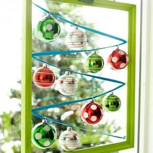 Décoration fenêtre Noël - 80 ambiances de conte de fée