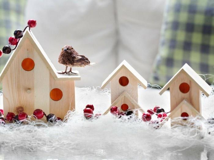 decoration-fenetre-noel-aux-maisons-d-oiseaux-en-bois-resized