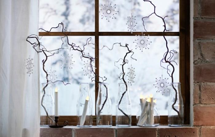 D coration fen tre no l 80 ambiances de conte de f e - Deco avec des branches d arbres ...