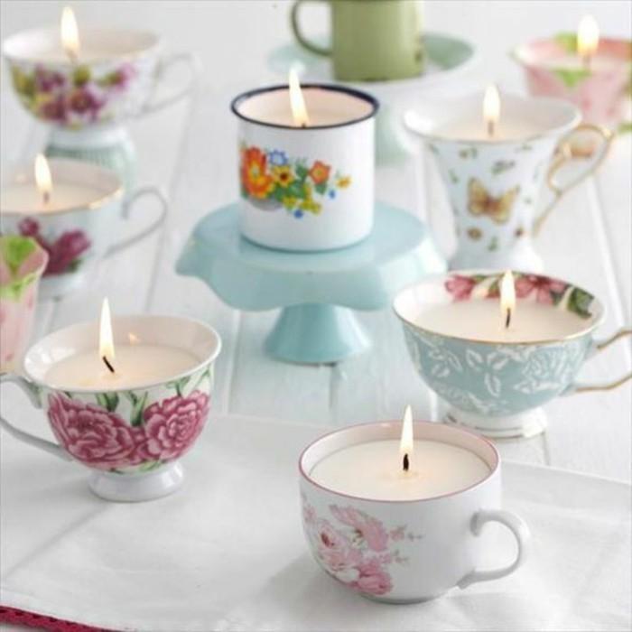 differents-types-de-jolies-tasses-en-guise-de-bougeoirs-un-decor-fantastique-style-garden-party