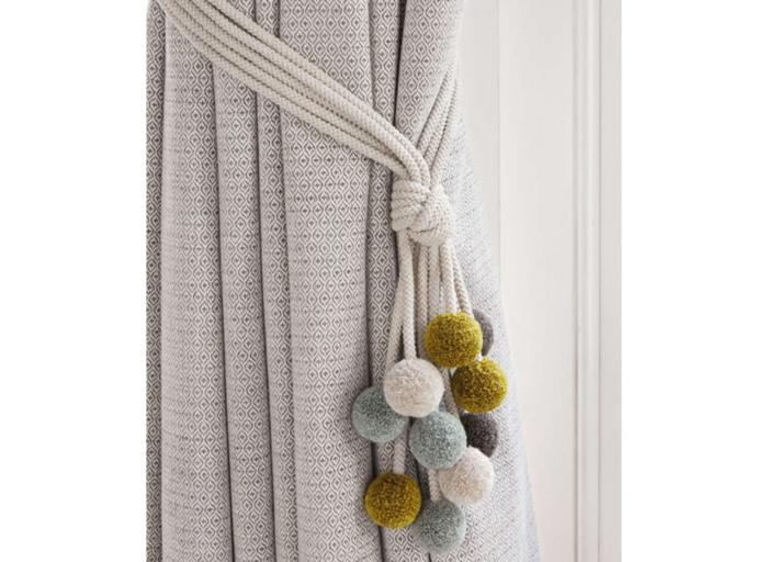 Embrasse rideau 80 mod les originaux pour une d coration for Decoration cacher une porte