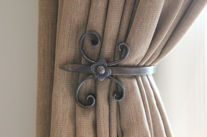 Embrasse rideau 80 mod les originaux pour une d coration for Porte en fer castorama