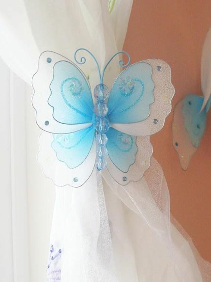 embrasse-rideaux-papillon-semi-transparent-en-bleu-et-blanc