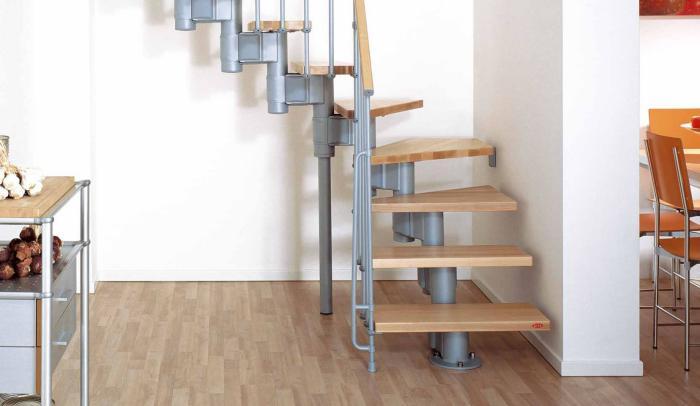escalier-modulaire-escalier-compacte-bois-et-acier