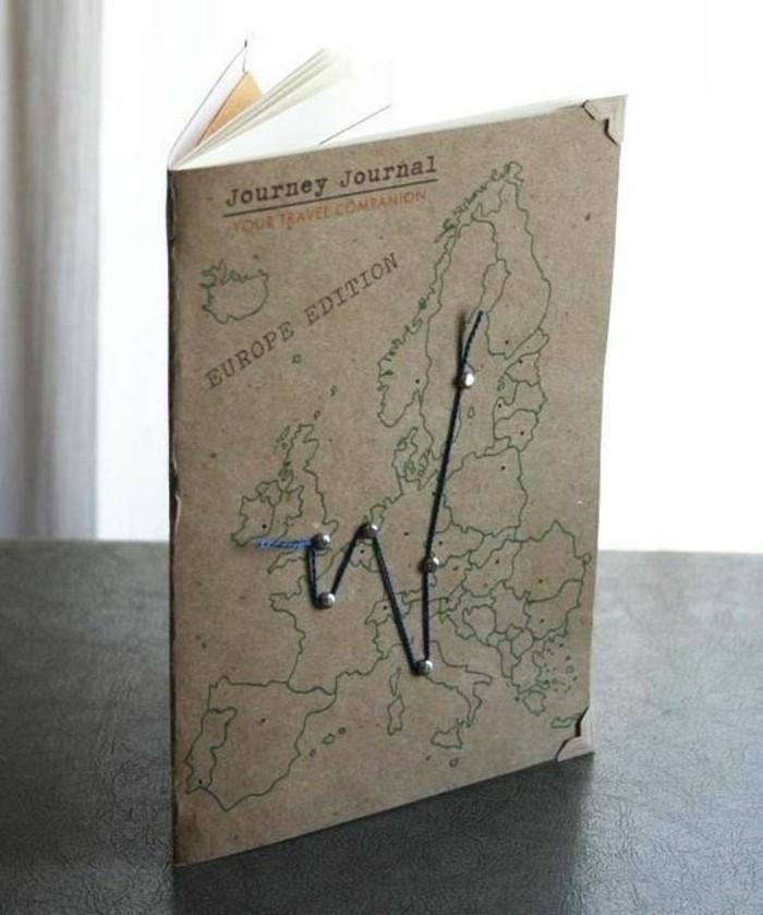 exemple-de-carnet-de-voyage-carte-du-monde