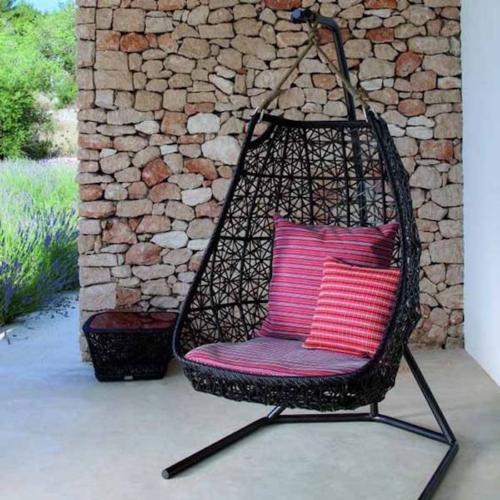 fauteuil-resine-tressee-suspendu-design-luxe