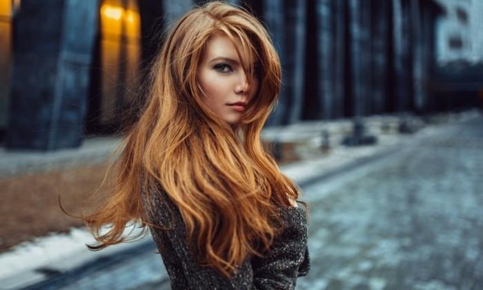 femme-jolie-excellente-coupe-pour-cheveux-long-femme