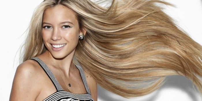 formidable-blonds-longs-cheveux-coupe-pour-cheveux-long-femme