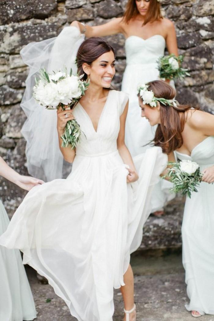 formidable-robes-de-marie-simple-elegance-belles-demoiselles-d-honneur-et-mariees