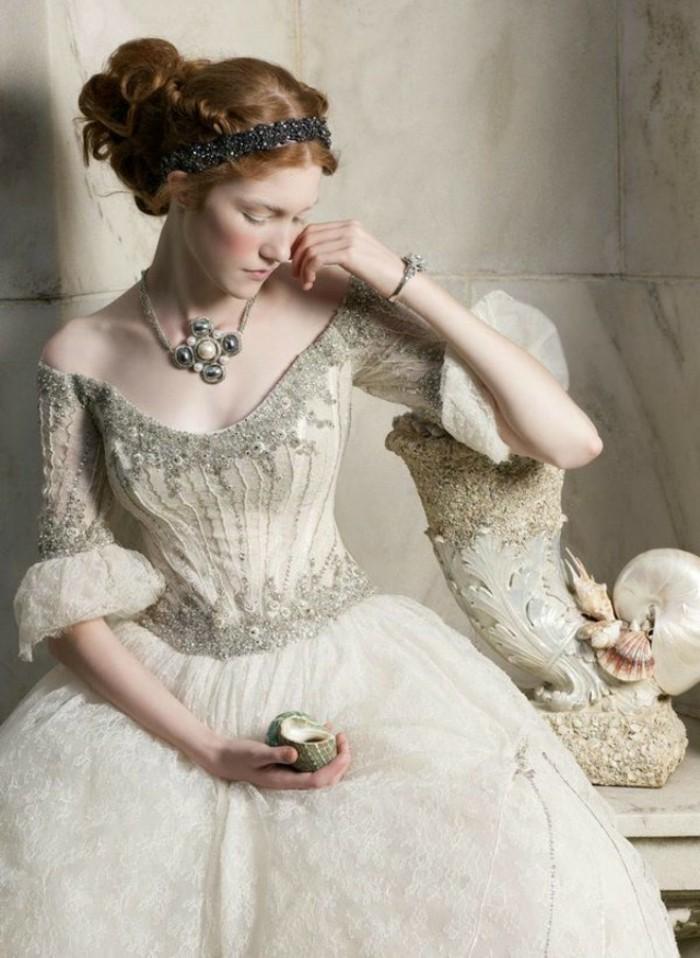 idee-quelle-robe-de-mariee-avec-manche-dentelle