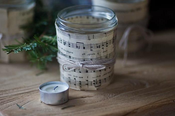 idee-de-bougie-decorative-de-noel-decoration-de-noel-charmante-pour-une-ambiance-romantique