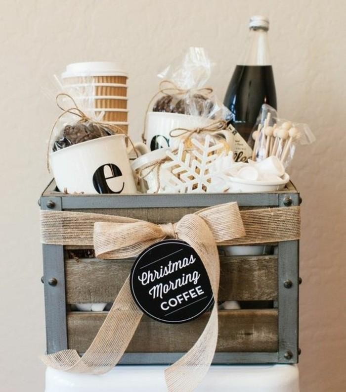 idee-de-panier-diy-pour-les-amateurs-du-cafe-cadeau-de-noel-a-fabriquer-de-ses-propres-mains