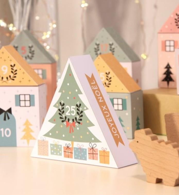 joli-modele-de-calendrier-de-l-avent-compose-de-petites-boites-en-carton-colorees-calendrier-de-l-avent-maison
