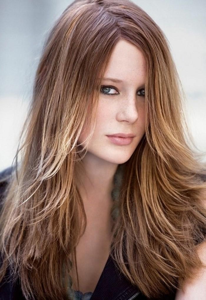 jolie-coupe-sur-cheveux-long-coupes-cheveux-longs-balayage-blond-sur-chatain