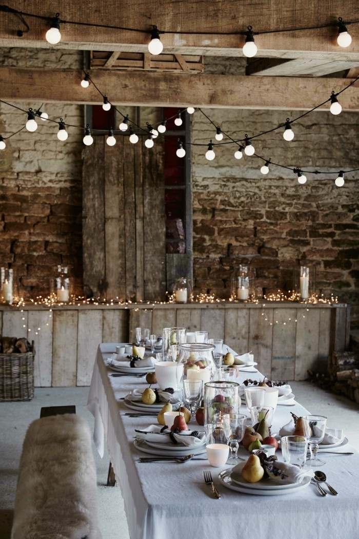 jolie-idee-deco-chamber-guirlande-lumineuse-decorative-noel-table-longue