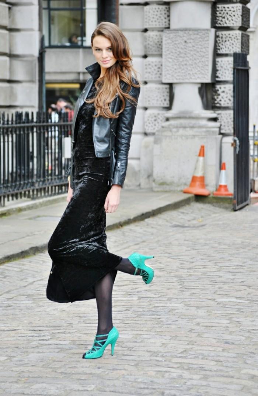 jolie-idee-quelle-robe-velours-femme-comment-porter