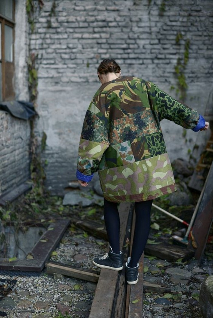 large-parka-camouflage-femme-imprimes-camouflage-differents