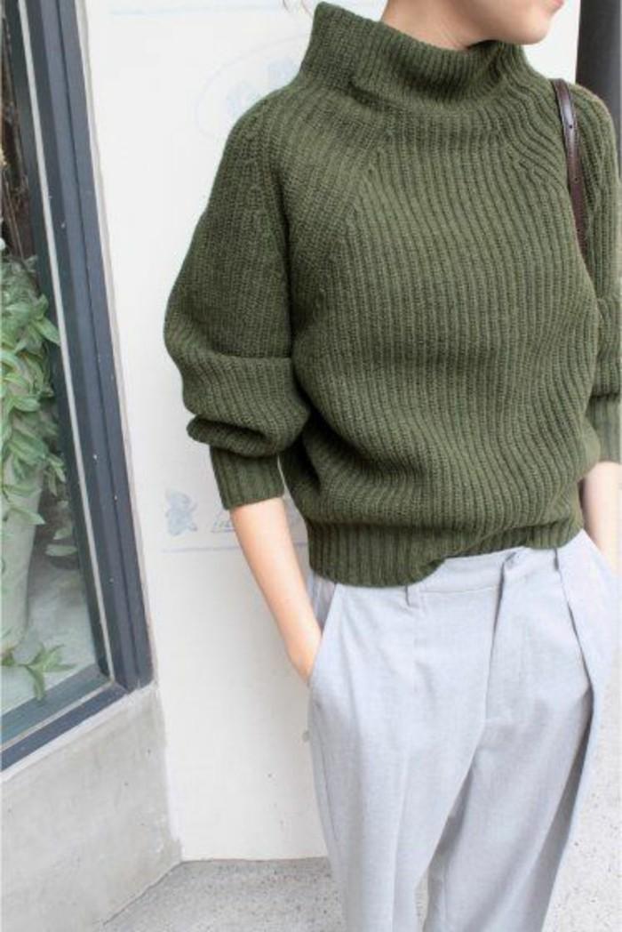 large-pull-en-laine-avec-col-roule-pull-vert