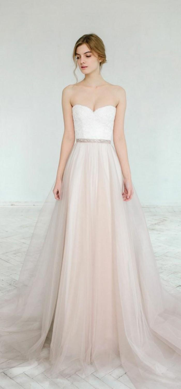 les-robe-de-mariee-simple-et-pas-cher-mariage-robe-mariee-rose-et-blanc